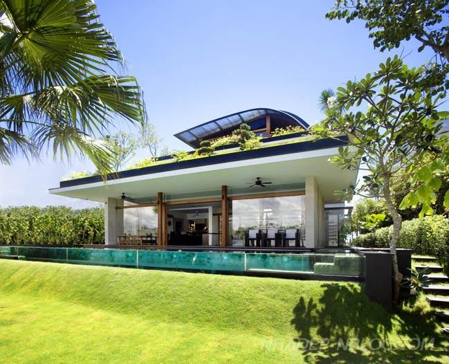 Mẫu nhà đẹp với thiên nhiên xanh bao phủ