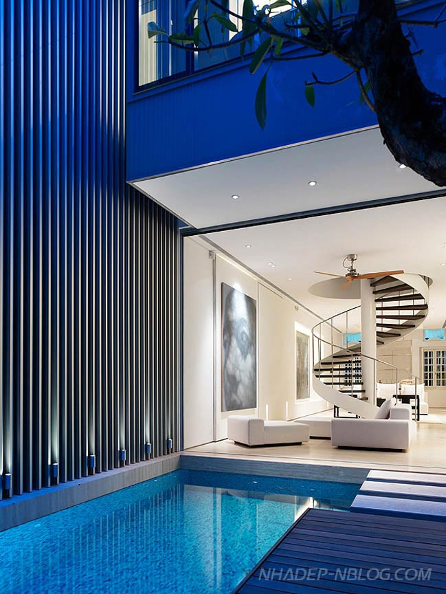 Mẫu nhà phố đẹp như mơ với hồ bơi và sân vườn