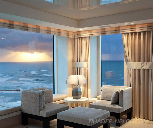 Cùng ngắm penthouse sang trọng đối diện biển