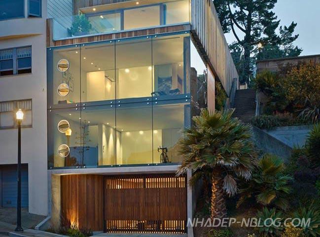 Nhà phố đẹp 3 tầng với tường kính sang trọng