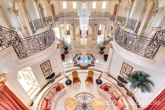 Choáng với thiết kế biệt thự phong cách hoàng gia lộng lẫy