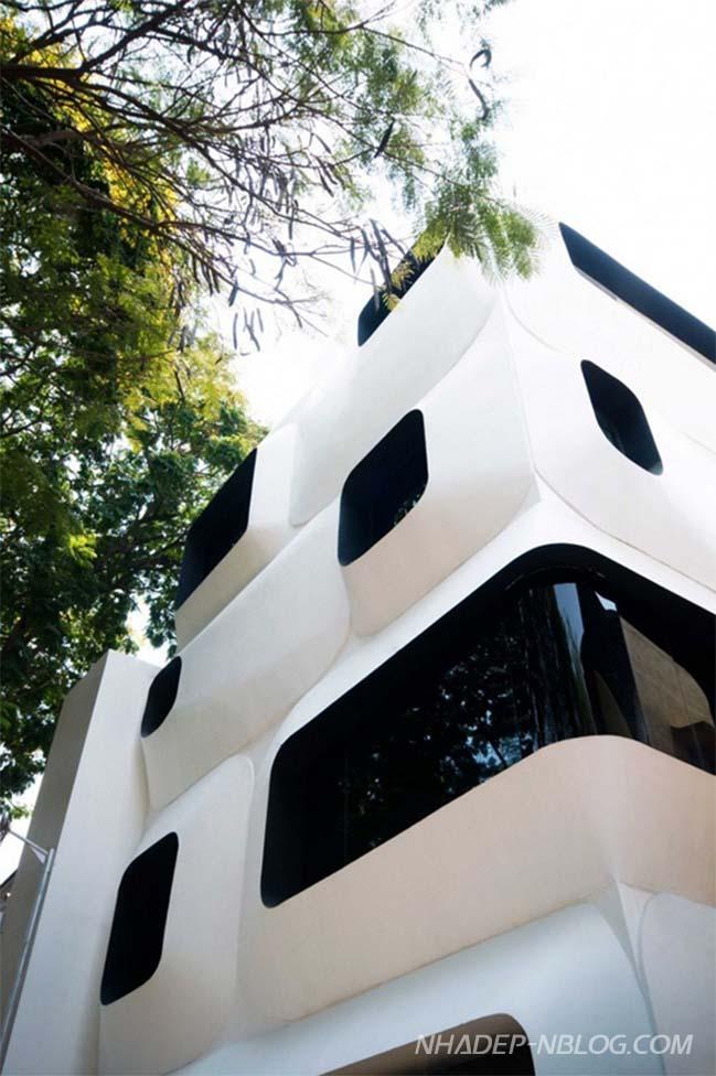 Mẫu nhà phố đẹp với kiến trúc theo phong cách công nghệ