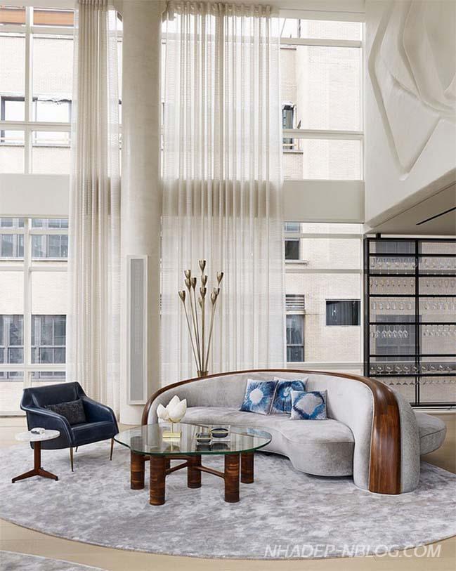 Penthouse sang trọng 3 tầng với phong cách Mid-Century