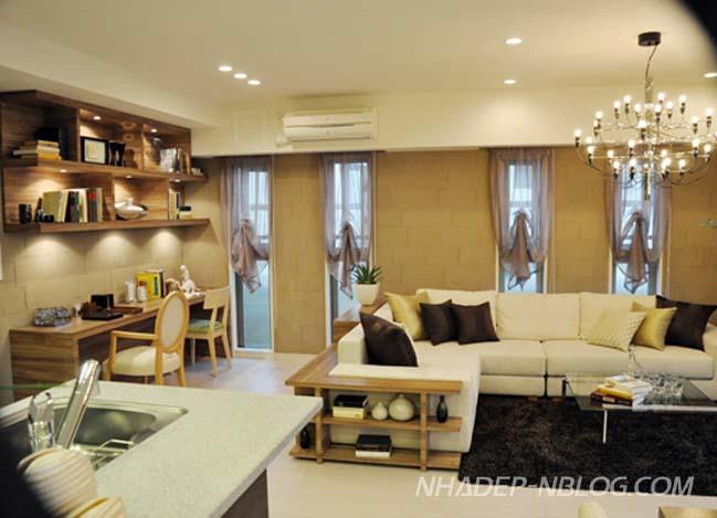 Căn hộ chung cư sang trọng với ánh sáng vàng