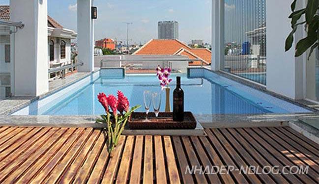 Nhà phố đẹp 3 tầng với hồ bơi trên sân thượng