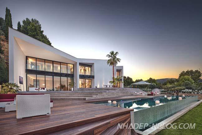 Ngôi biệt thự đẹp sang trọng với kiến trúc hình học