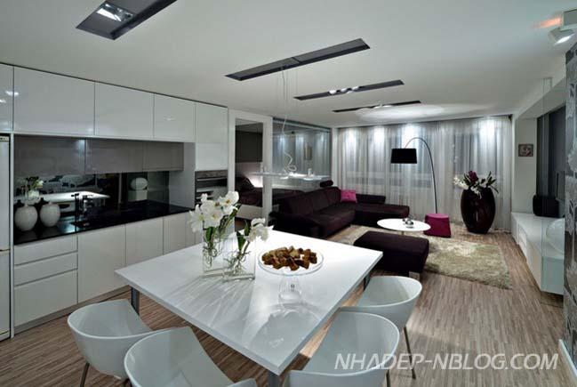 Căn hộ cao cấp 2 phòng ngủ với tường kính