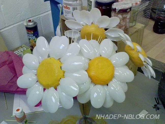 DIY: Những ý tưởng sáng tạo từ chiếc muỗng nhựa