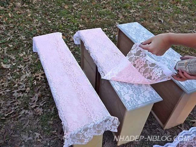 DIY: Làm mới chiếc tủ với những hoa văn từ vải ren