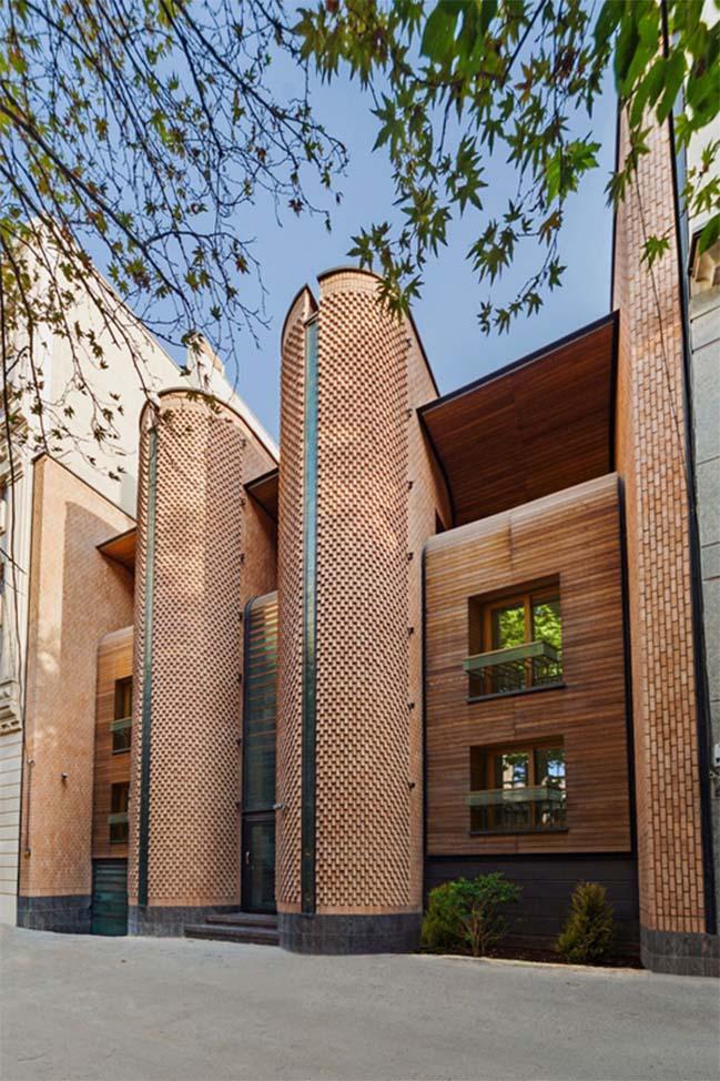 Thiết kế nhà đẹp với tường gạch sang trọng