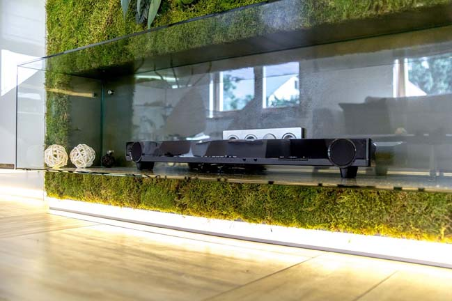 Thiết kế nội thất phòng khách đẹp với vách tường xanh