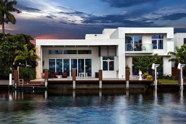 Thiết kế biệt thự đẹp với màu trắng sang trọng