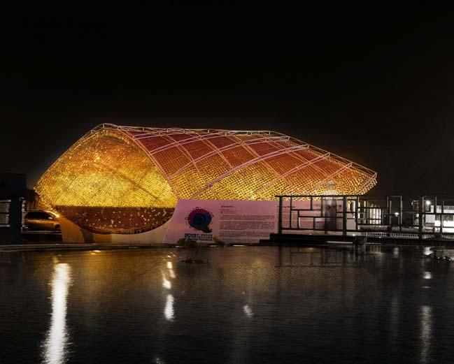 thiet ke kien truc 01 Kiệt tác thiết kế kiến trúc với hơn 17.000 chai nước ngọt