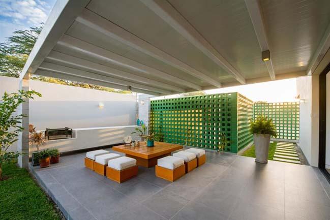 Thiết kế nhà đẹp với sân vườn rộng lớn