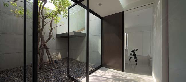 biet thu dep hinh chu l 04 Thiết kế biệt thự đẹp với kiến trúc hình chữ L hiện đại