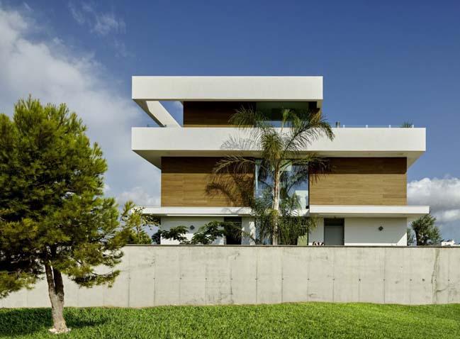 Thiết kế biệt thự đẹp 4 tầng sang trọng với 180 độ cảnh biển