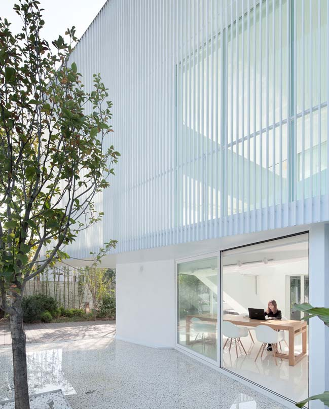 Thiết kế biệt thự đẹp hiện đại ngập tràn ánh sáng