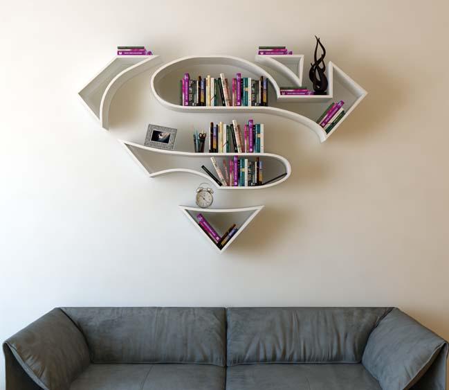 Mẫu kệ trang trí lấy cảm hứng từ logo của Superman