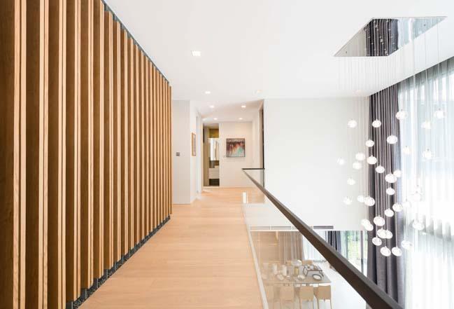 Biệt thự đẹp 3 tầng với thiết kế hình chư U hiện đại
