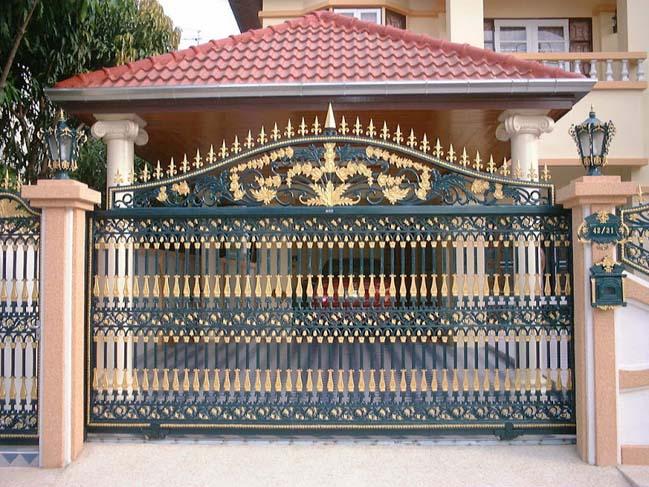 Mẫu cổng nhà đẹp, cổng sắt, cửa gỗ ấn tượng nhất năm