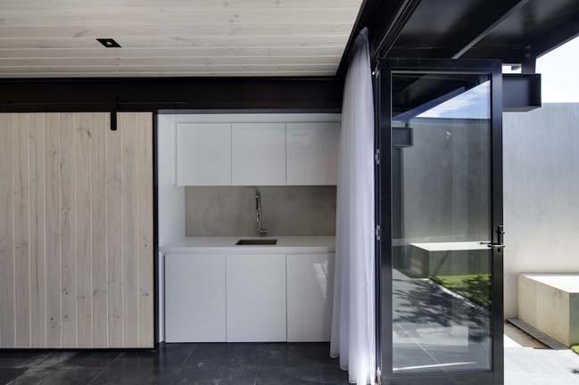 nha dep 2 tang 05 Tham quan mẫu thiết kế nhà đẹp 2 tầng với vẻ ngoài đơn giản cá tính