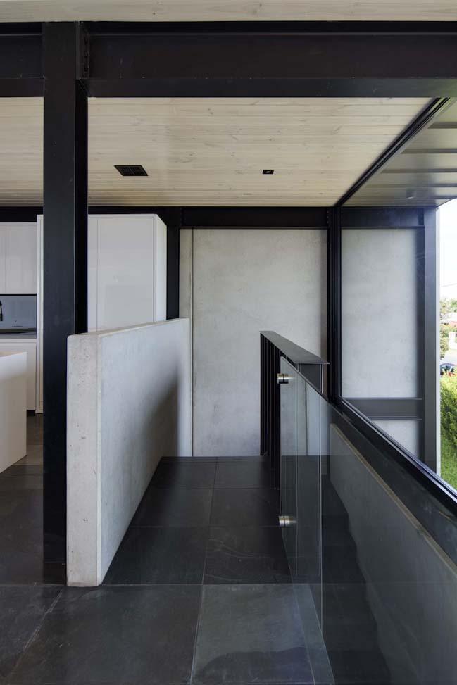 nha dep 2 tang 13 Tham quan mẫu thiết kế nhà đẹp 2 tầng với vẻ ngoài đơn giản cá tính