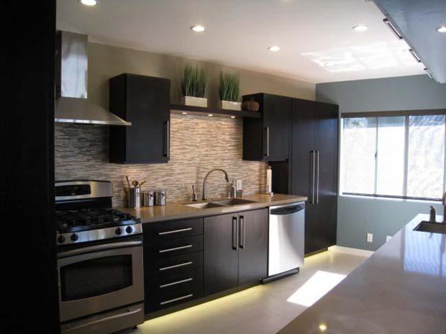 mau tu bep dep voi tong mau den 07 Thiết kế nhà bếp nổi bất với các tông màu tối