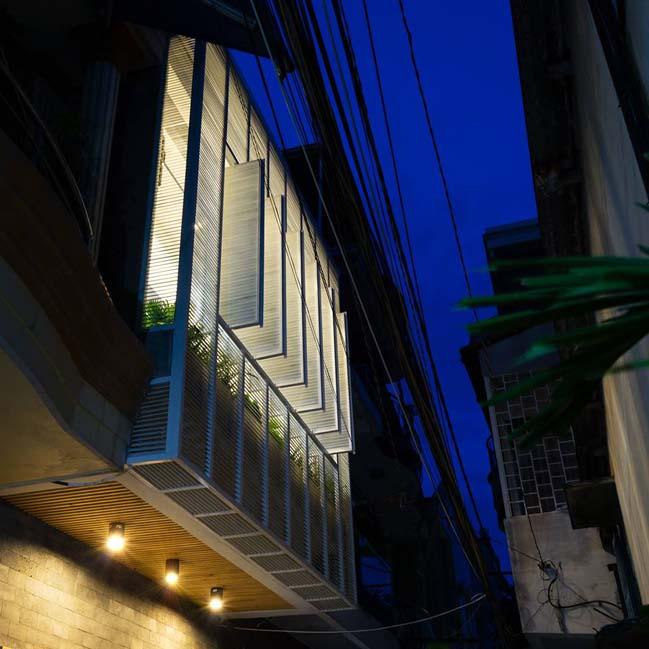 Mẫu nhà ống hiện đại ngập tràn ánh sáng tại Q8