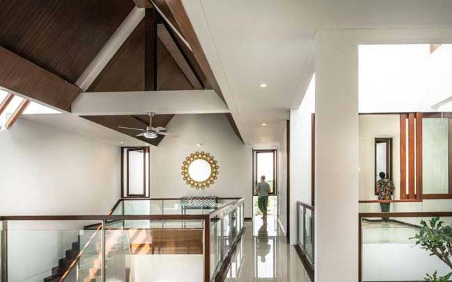 Mẫu thiết kế biệt thự mái thái hiện đại thoáng mát