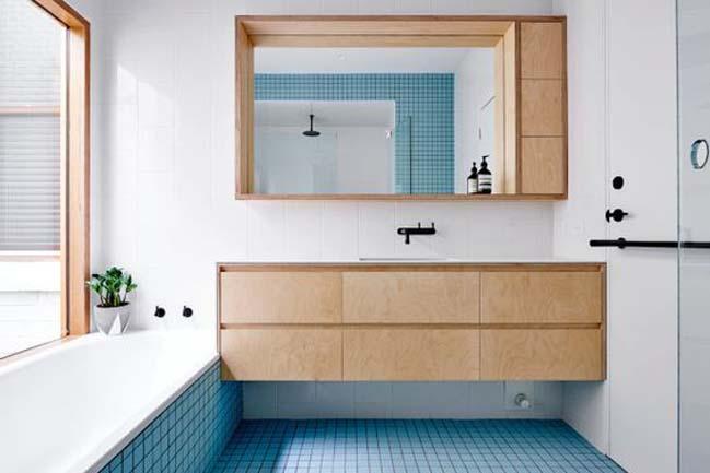 phong tam dep voi tong mau xanh va trang 03 Chiêm ngưỡng những mẫu phòng tắm đẹp với tông màu xanh và trắng sang trọng