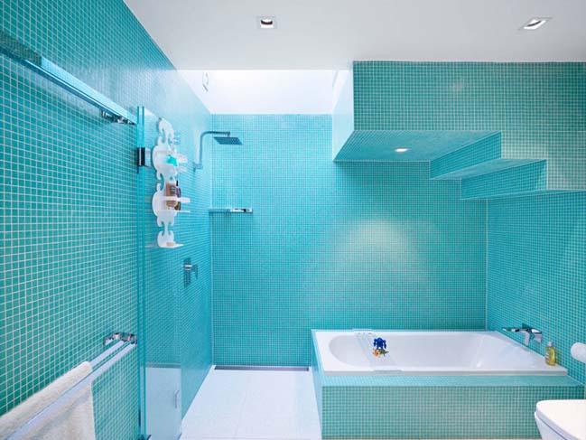 phong tam dep voi tong mau xanh va trang 08 Chiêm ngưỡng những mẫu phòng tắm đẹp với tông màu xanh và trắng sang trọng