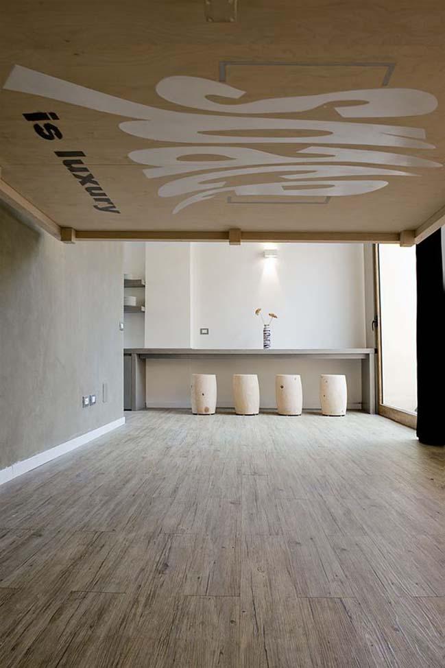 bien phong khach thanh phong ngu 03 Mẫu thiết kế độc đáo biến phòng khách thành phòng ngủ với chiếc giường treo