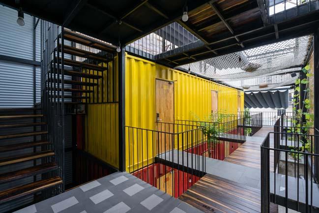 Thiết kế khách sạn bằng container độc đáo tại Nha Trang