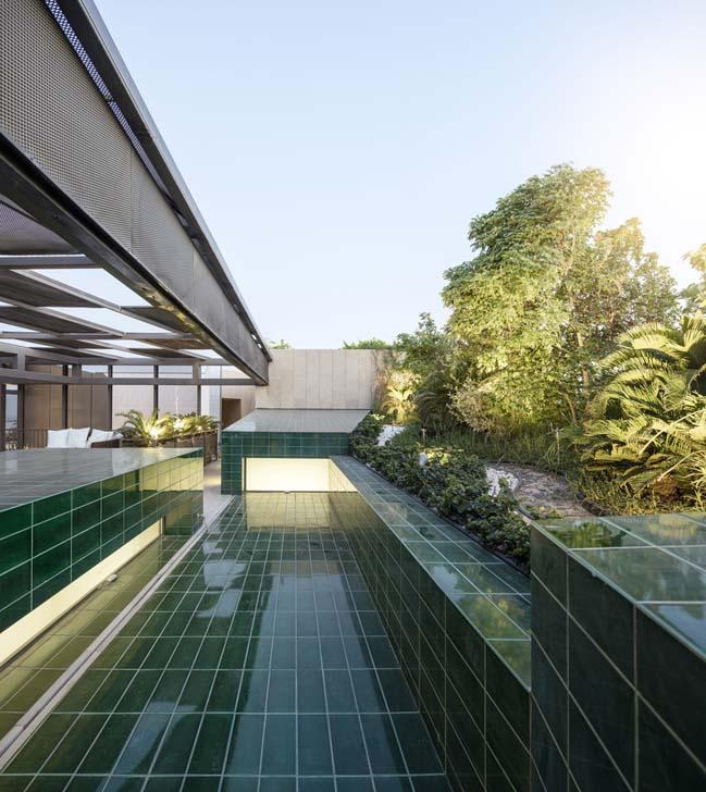 Tham quan ngôi biệt thự đẹp với 3 khu vườn bên trong