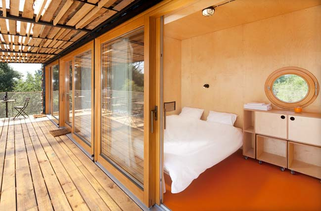 Khách sạn mini được làm bằng container tại CH Séc