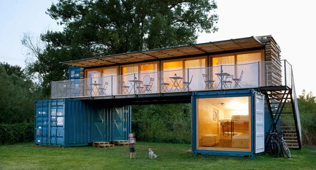 Thiết kế khách sạn mini bằng container tại CH Séc