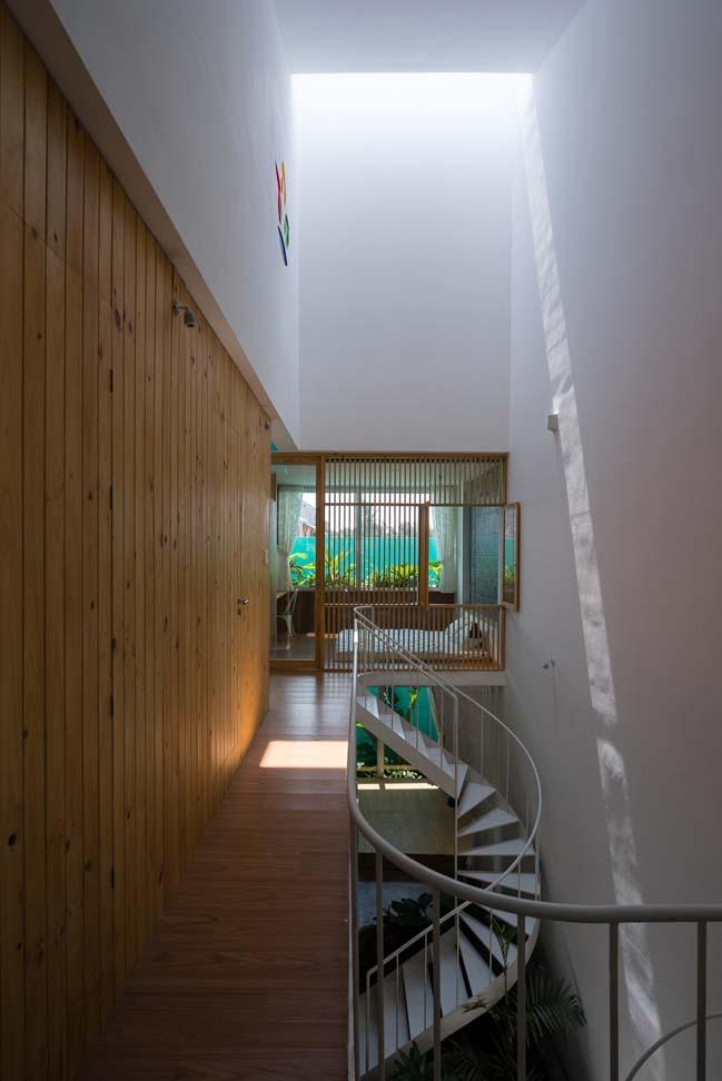 Mẫu nhà đẹp 2 tầng với mặt tiền xuyên thấu