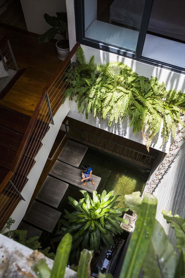 Mẫu nhà phố đẹp với khu vườn treo tại Nha Trang