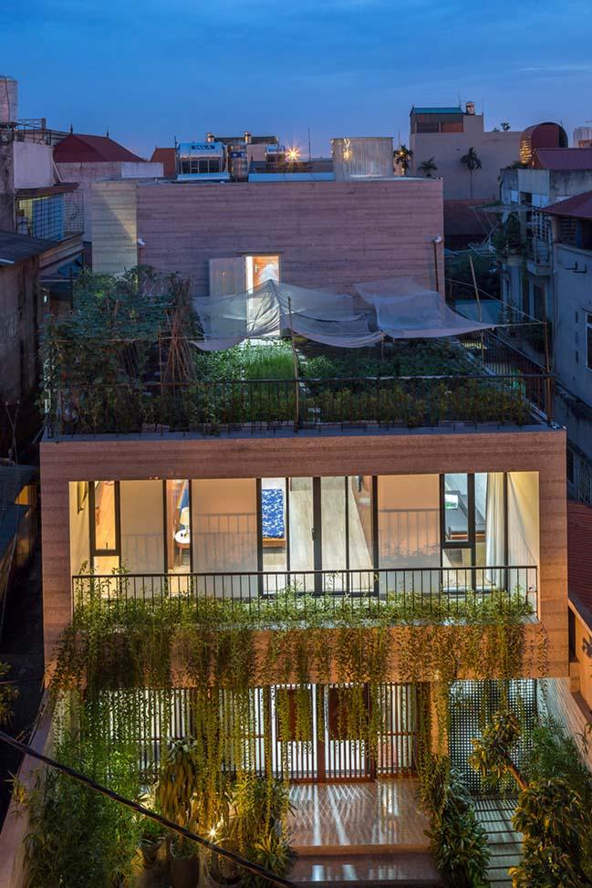 Mẫu nhà phố đẹp ngập tràn gió và không gian xanh tại Hà Nội