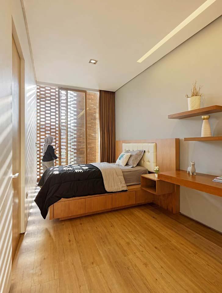 Mẫu nhà đẹp 2 tầng với những mảng tường gạch ấm áp